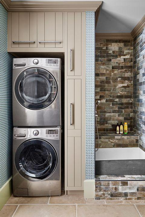 Major appliance, Laundry room, Washing machine, Room, Home appliance, Laundry, Property, Tile, Clothes dryer, Door,